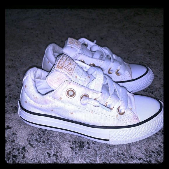 Converse Other - Girl's Converse Sneakers